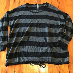 Kensie Striped Long Sleeve with Pocket